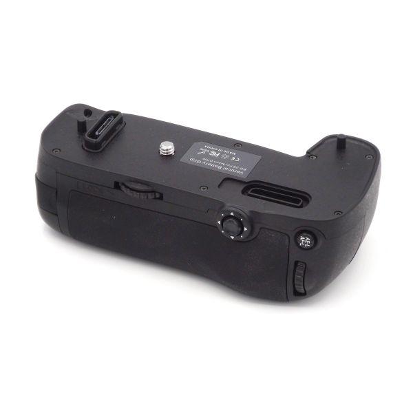 DynaSun D16 Impugnatura Battery Grip Professionale Per Nikon D750 compatibile MB-D16 con Alloggiamento speciale Per 6x Batterie Stilo AA